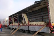 Loadding of chip conveyrs